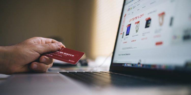 Cartão de Crédito Milhas Vale a Pena